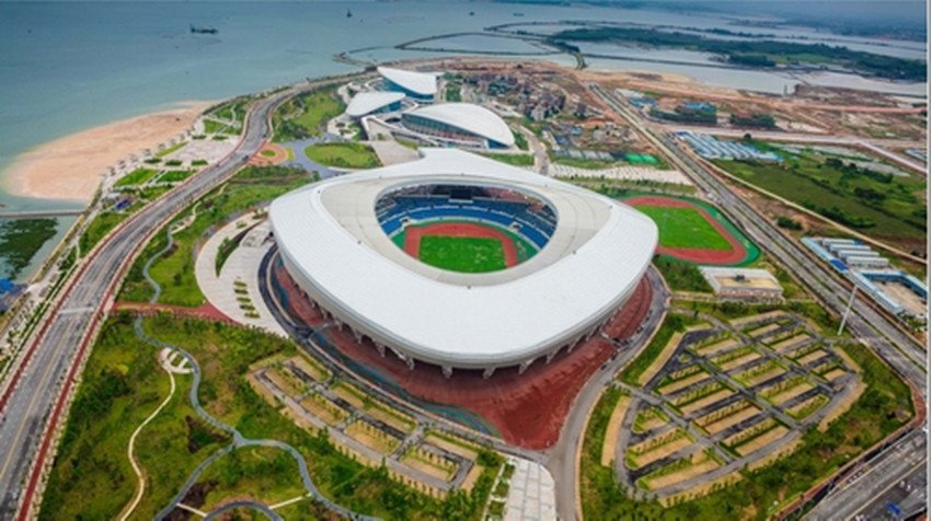 Carlos Signs Contract for ZhanJiang Olympic Sports Center Project